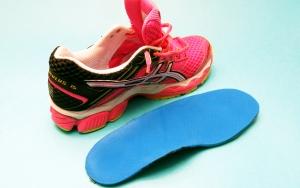 zapatilla running y plantilla personalizada